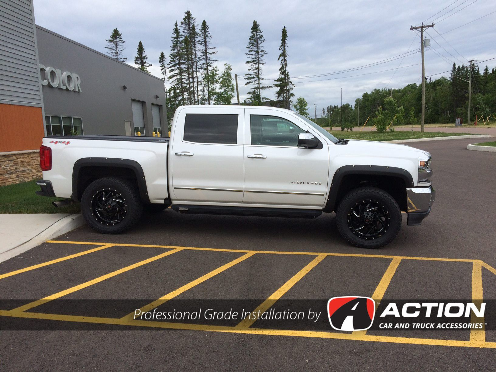 Installed on this 2016 Chev 1500 are Enthuze Rivet