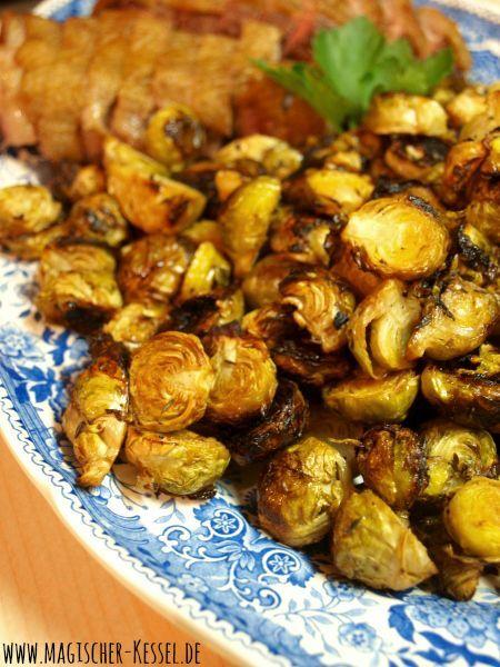 Rosenkohl für Rosenkohlhasser. ;) Gerösteters Rosenkohl aus dem Ofen - roasted brussels sprouts #rosenkohl #brussels #thanksgivingrecipessidedishes