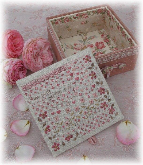 un petit jardin rose broderie pinterest broderie le point et point de croix. Black Bedroom Furniture Sets. Home Design Ideas