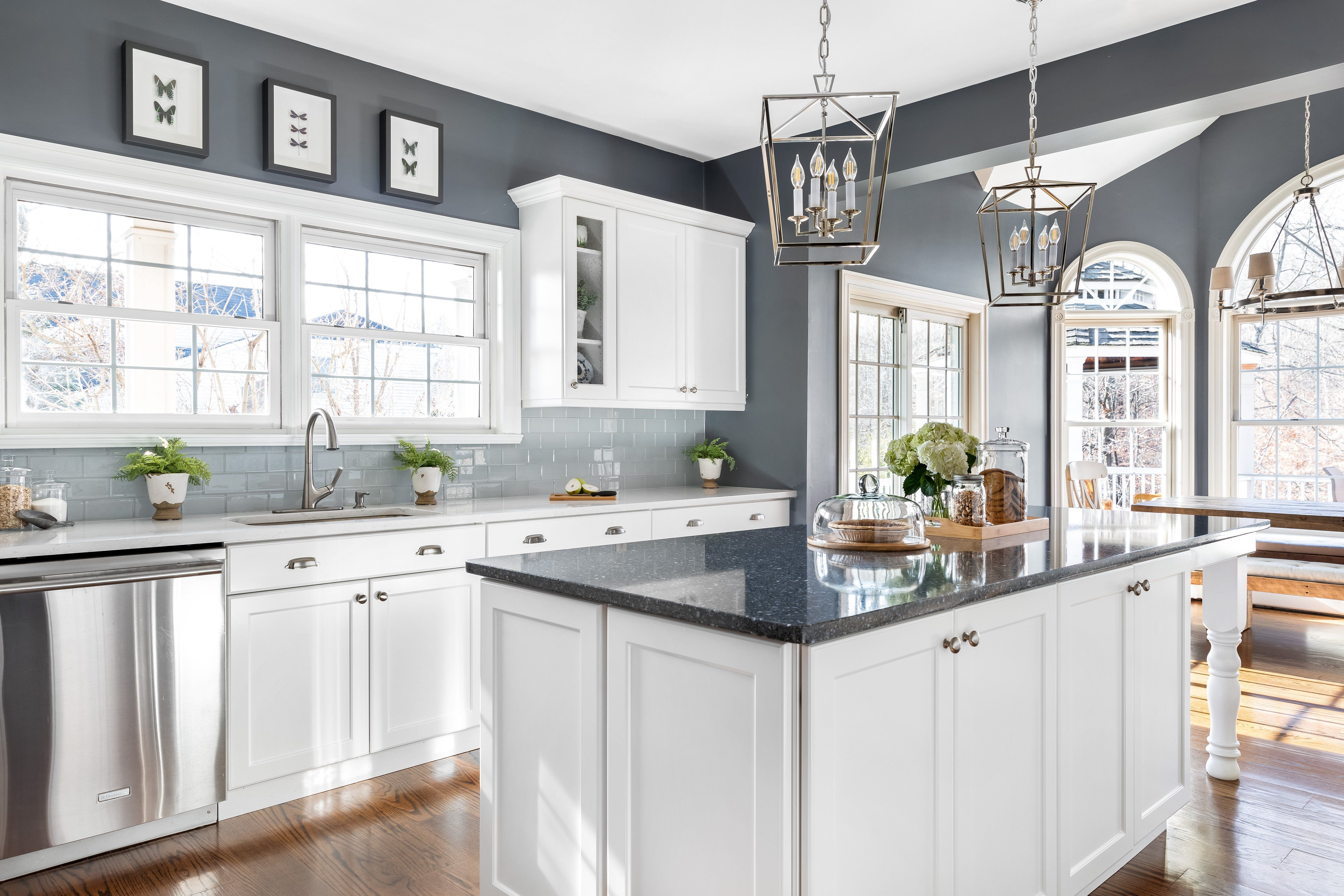 How To Match Your Countertops Cabinets And Floors In 2020 Kitchen Cabinets Color Combination White Kitchen Remodeling Kitchen Cabinets And Countertops