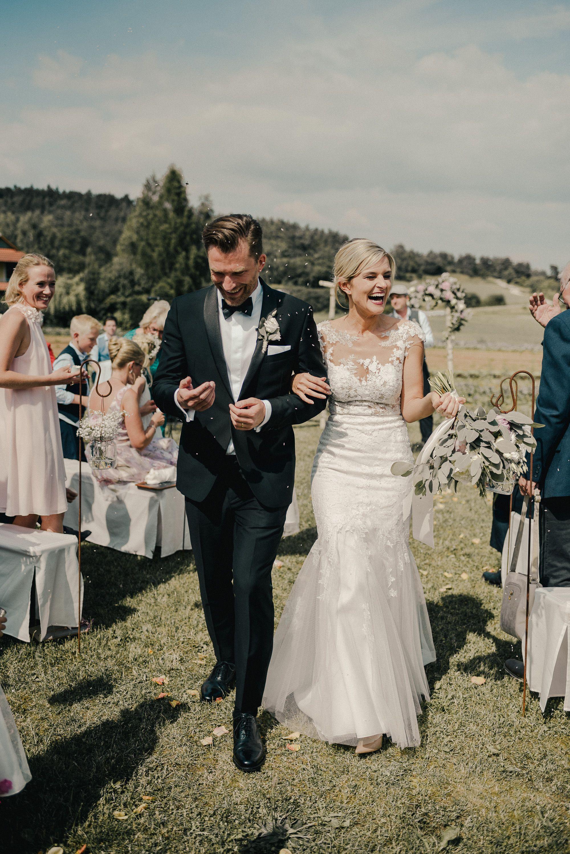 Pin Auf Vanessa Und Saskia Hochzeiten