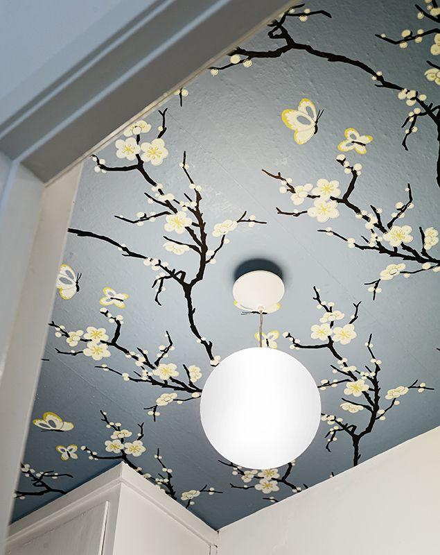 Till Salu Stadshem Wallpaper Ceiling Ceiling Decor Home Decor