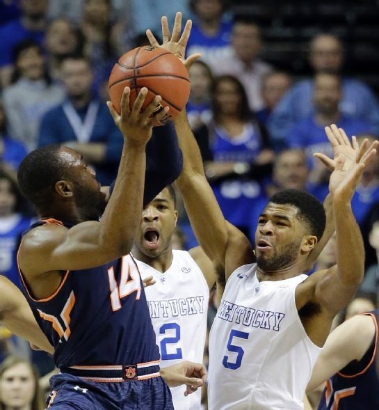 Auburn Tigers vs. Kentucky Wildcats - Photos - March 14, 2015 - ESPN