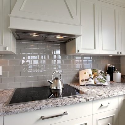 Backsplash ---White Ice Granite Design Ideas, Pictures ... on Backsplash Ideas For White Cabinets And Granite Countertops  id=87896