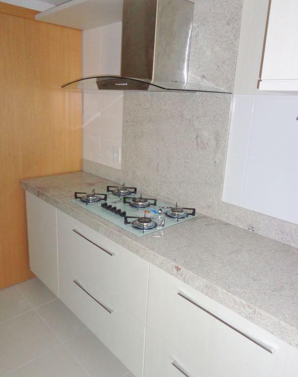 213a Cozinha Granito Branco Itaunas Com Imagens Granito Para