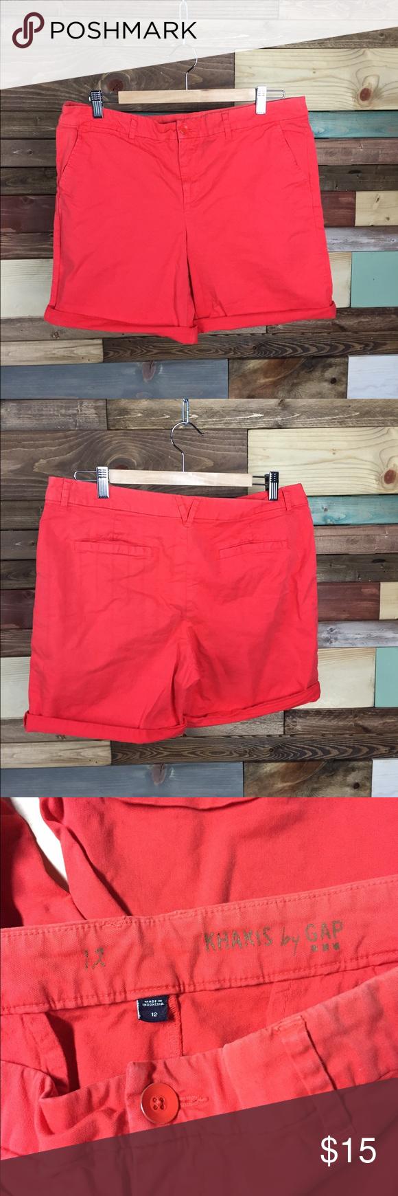 "Gap Coral Bermuda Roll up Shorts - 12 Gap Coral Bermuda Roll up Shorts - 12  Lightly distressed, perfect for vacation! Comfortable &  flattering high rise  Waist (laying flat): 18"" Inseam: 8"" Rise: 10""  #coral #vacation #woodsnap #vacation #summer #shorts #longshorts #bermudashorts #rollupshorts #highriseshorts #highwaistedshorts #longshorts #modest #comfortable #casualchic GAP Shorts Bermudas"