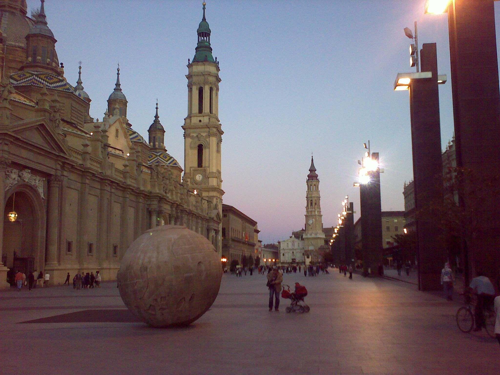 Saragoza plaza del Pilar