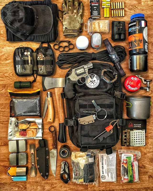 From Laboxsurvie Mon Bug Out Bag Est Pret Simple Et Efficace De Quoi Parait A Toutes Les Eventualites Et Vous De Sac De Survie Survie En Camping Survie