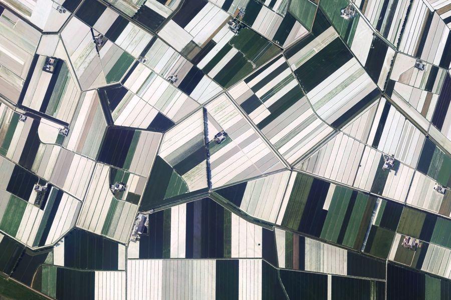 Satellitenbilder auf instagram zeugen von der einzigartigkeit unseres planeten photography - Vogelperspektive englisch ...