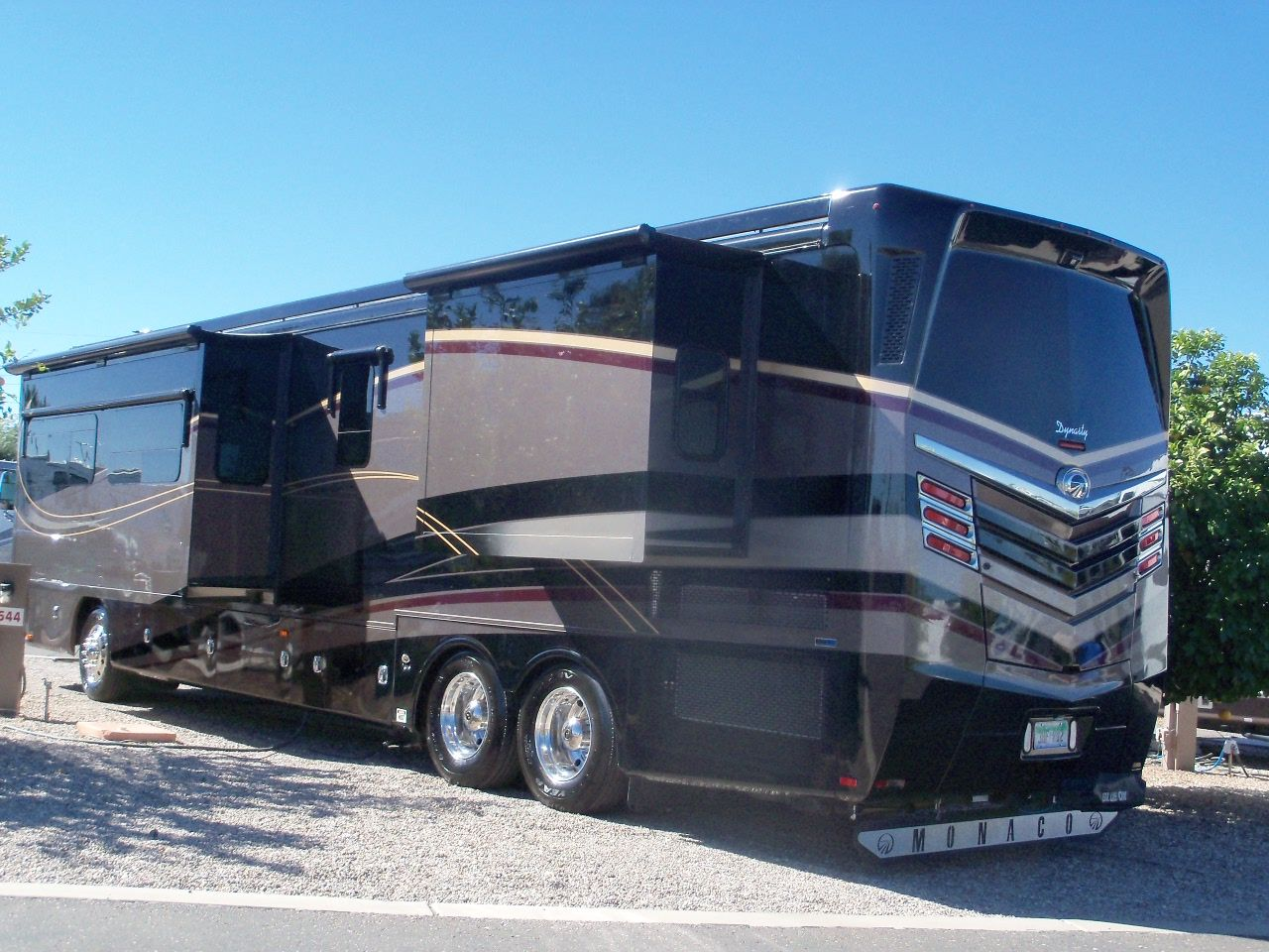 97c3b2cc62e5eecba3898a8c6b23a26d motorhome custom paint yahoo! image search results bus stripes  at reclaimingppi.co