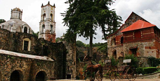 Ex hacienda de Santa María Regla.