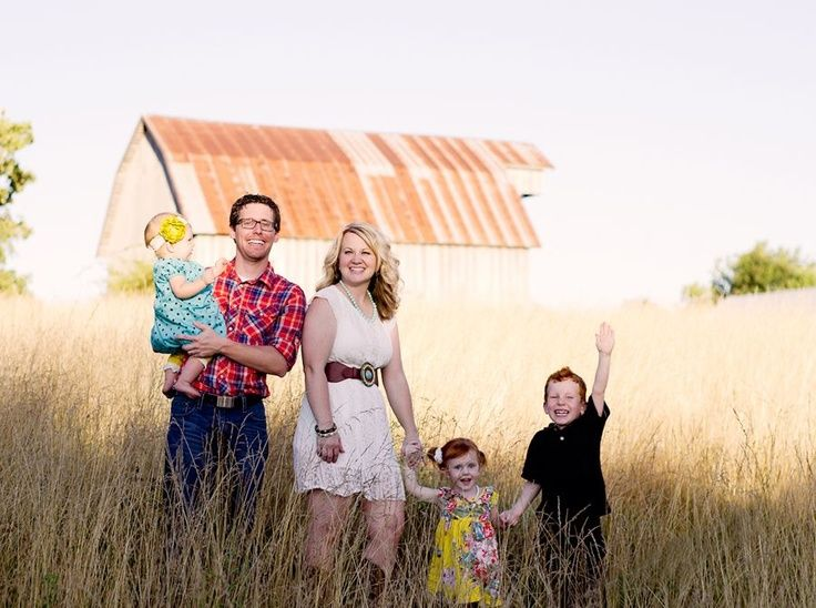 Family Photo Ideas Country