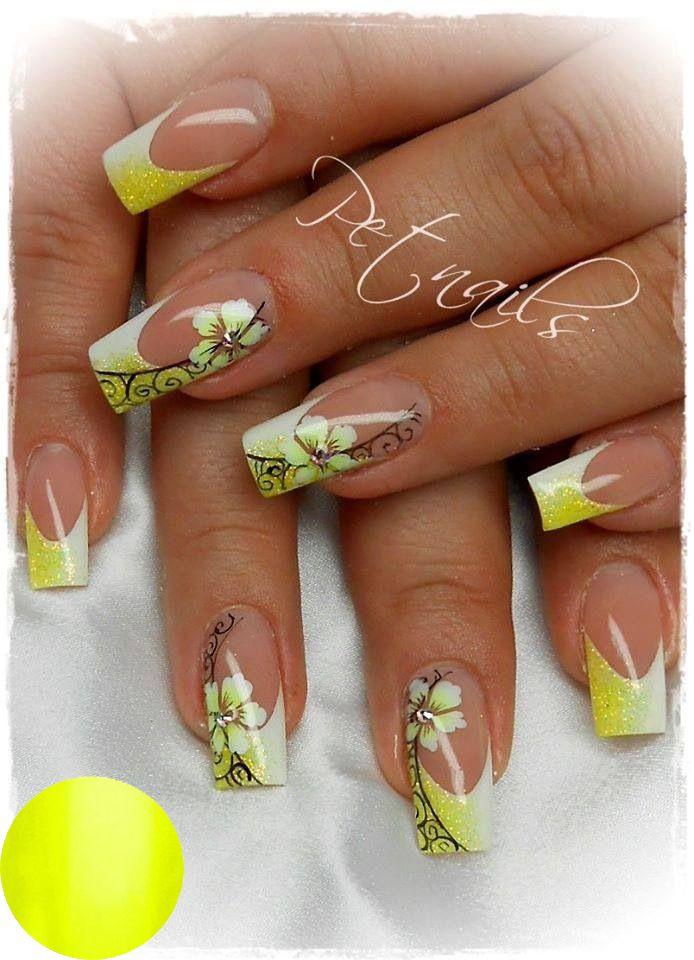 Neon Yellow Gel Polish: http://www.metoenailsforyou.nl/a-36690205 ...