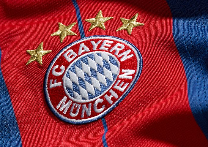 Video: Bayern Münchenin uudet pelipaidat..näyttävät FC Barcelonan pelipaidoilta?  http://puoliaika.com/?p=9233 jalkapallo