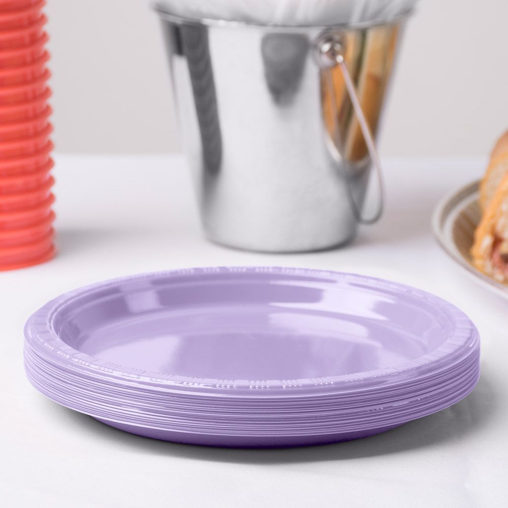 Creative Converting 28193011 7\  Luscious Lavender Plastic Lunch Plate - 240 / Case & Creative Converting 28193011 7\