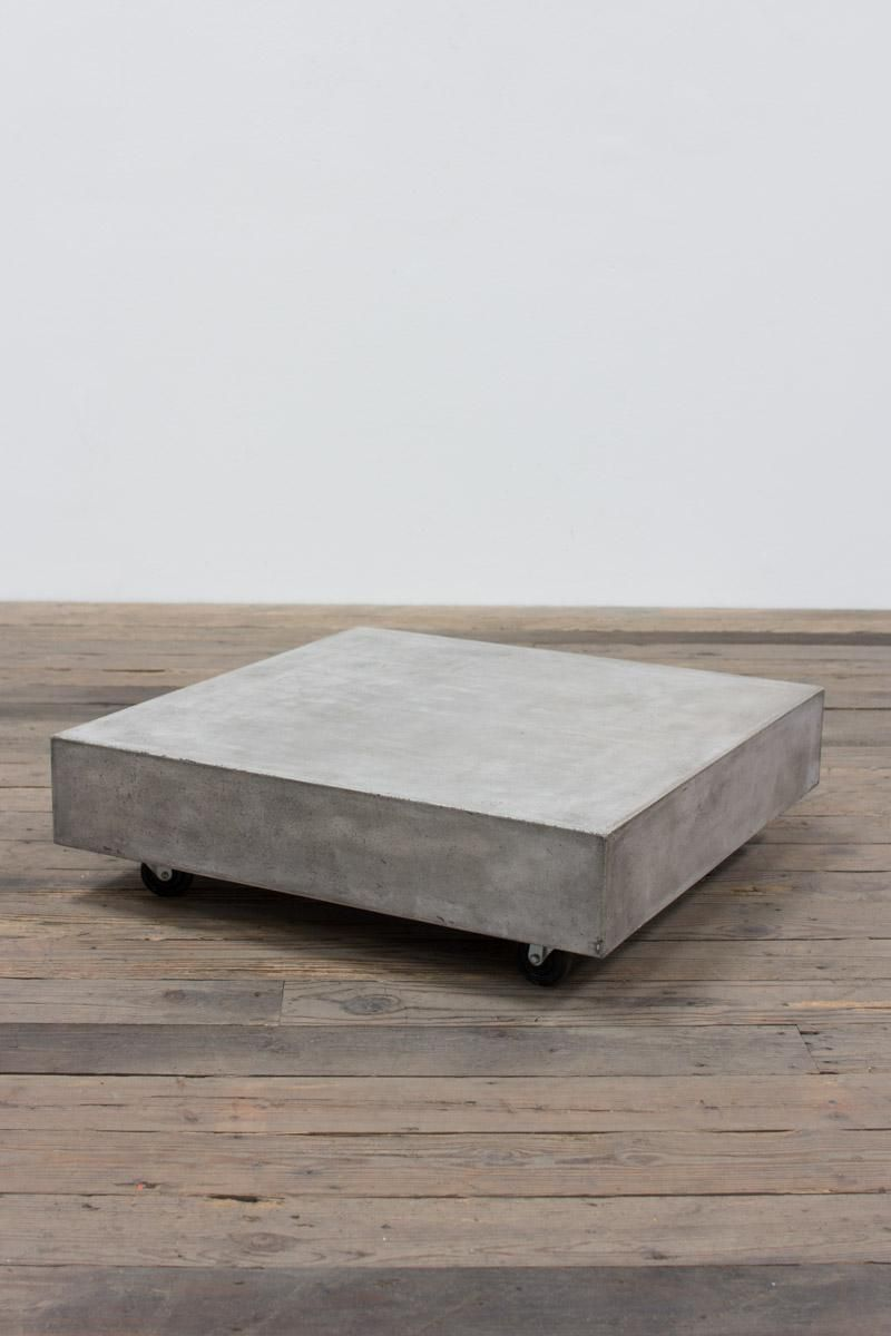square concrete coffee table with casters dachboden pinterest m bel aus beton betondesign. Black Bedroom Furniture Sets. Home Design Ideas