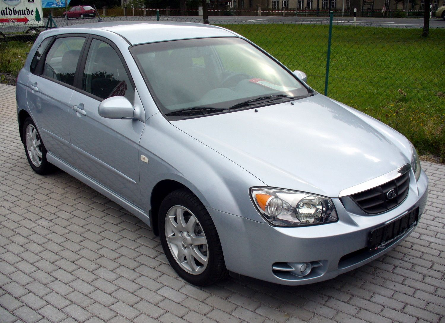 kia cerato 2004 2008 service manual sedan kia service repair pdf rh pinterest com Kia Sedona Interior 2006 kia sedona repair manual pdf