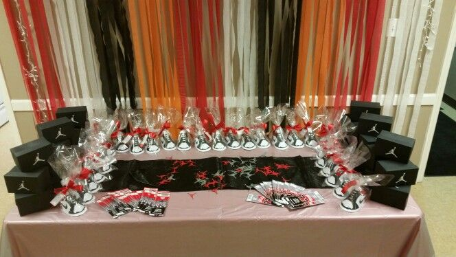 Cake table setup before cake arrived for Yandis jordan themed