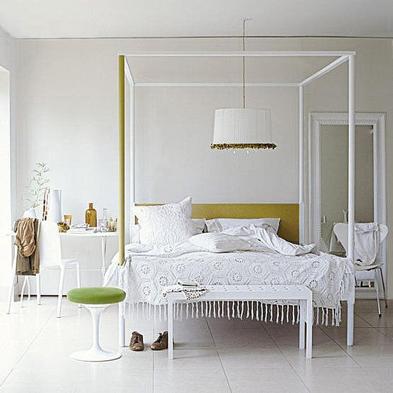 Contemporary Poster Bed mix and chic: contemporary and gorgeous four poster bed