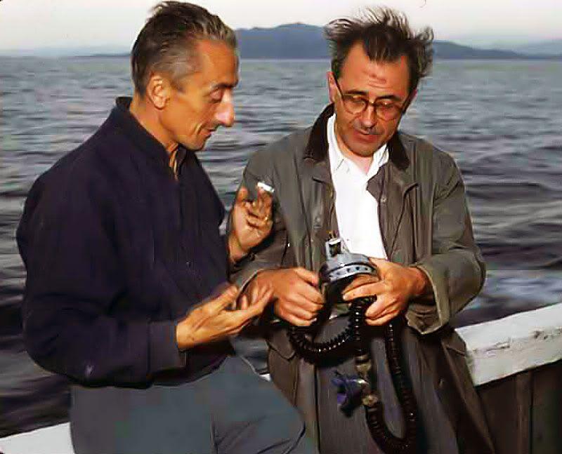 9b29d024faf photo-Jacques-Cousteau-Emile-Gagnan
