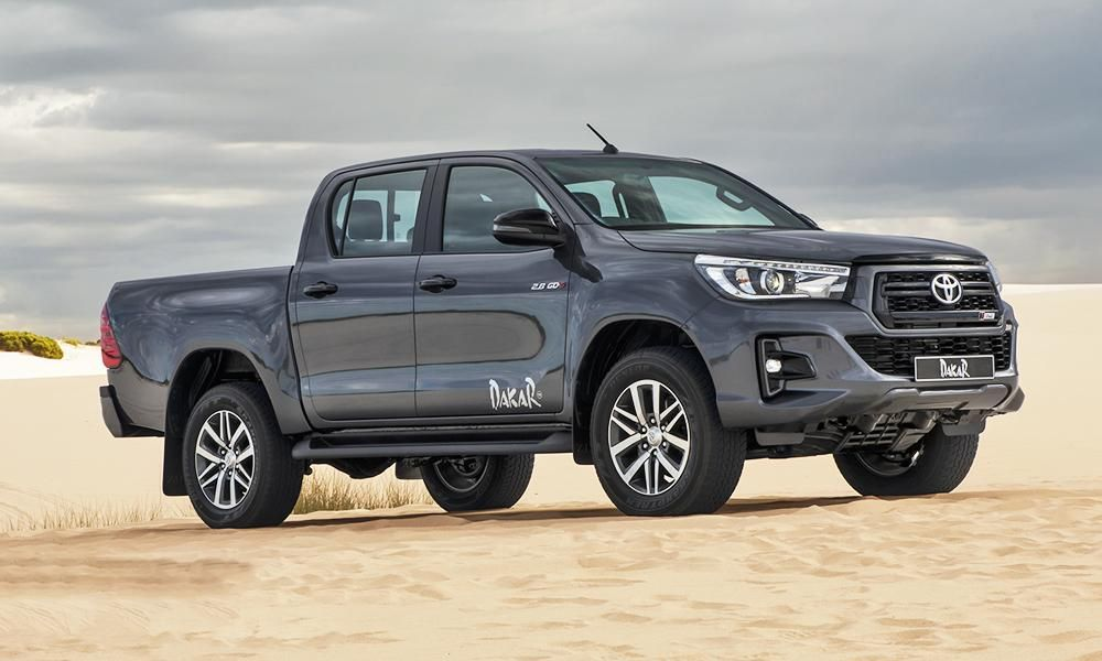 New Look Toyota Hilux Dakar Launches In South Africa Car Magazine Camionetas Toyota Vehiculo De Lujo Camionetas