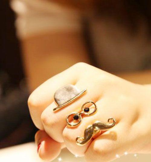 rebelsmarket:    Dapper ring for a dapper hand.