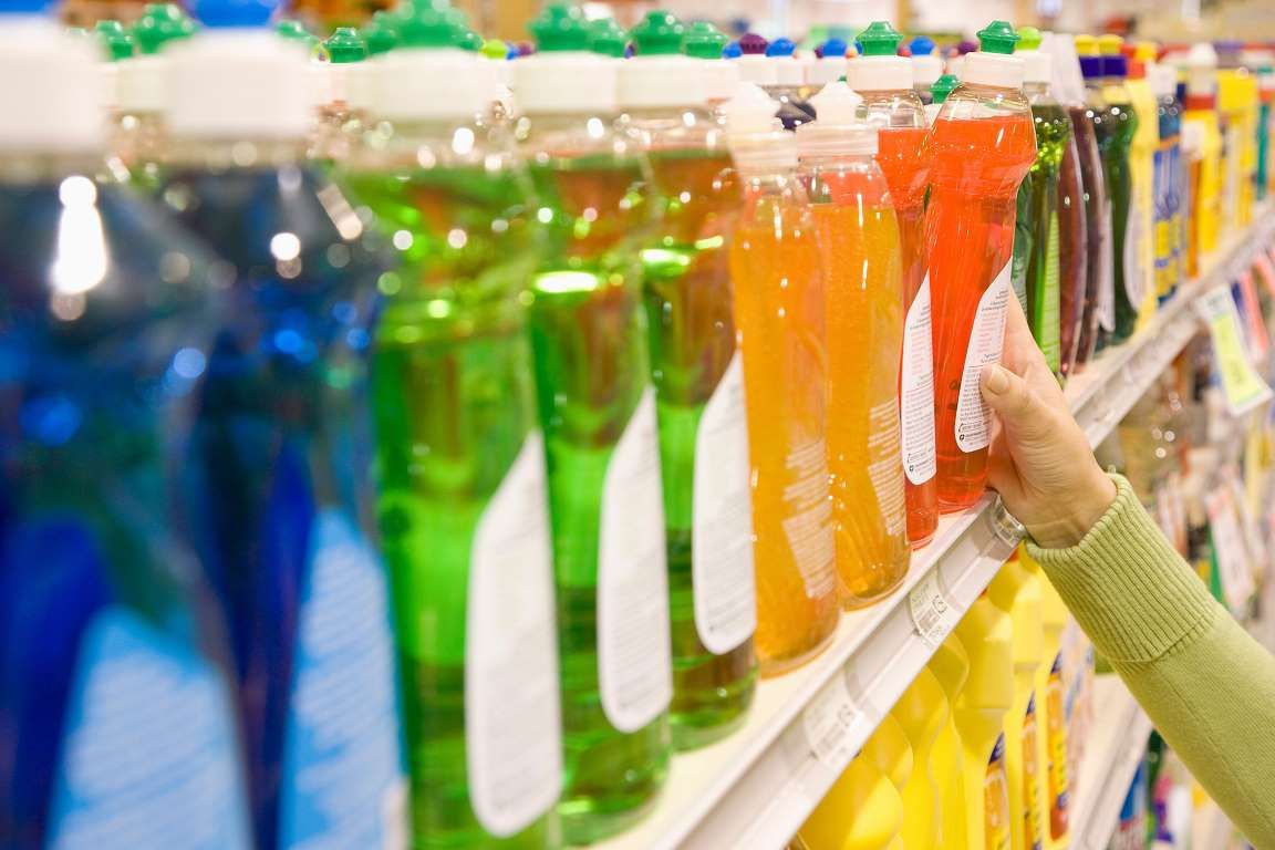 59 hacks that will change your life dishwashing liquid