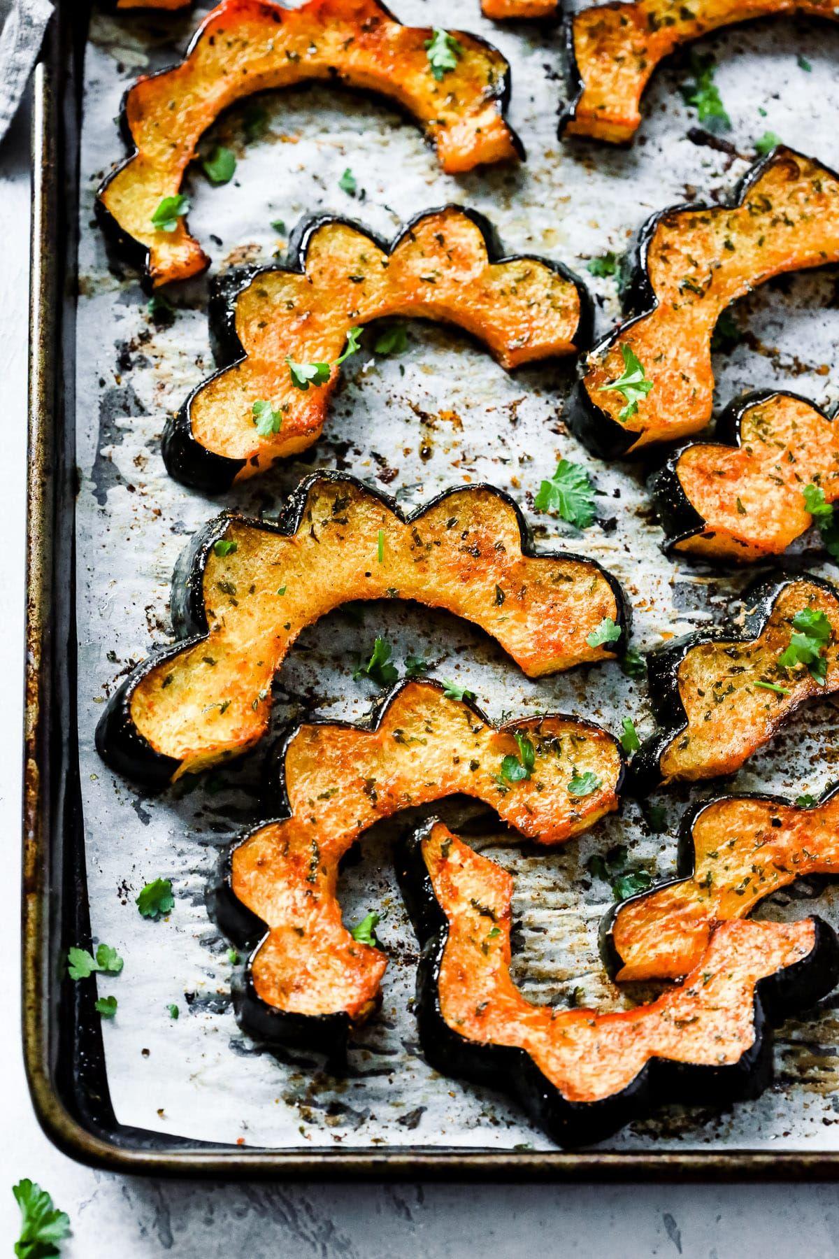 Easy Roasted Acorn Squash Recipe Acorn Squash Recipes Healthy