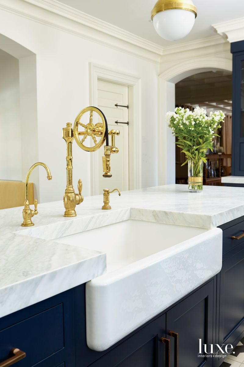 Design Trends Popping Up In The Market Today Luxe Interiors Design Simple Kitchen Remodel Luxe Interiors Waterstone Kitchen Faucet