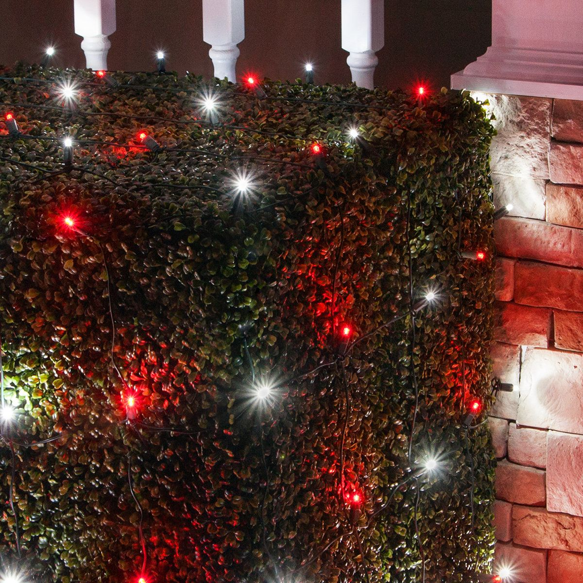 Red And White Candy Cane Themed Net Lights Produce Quick Even