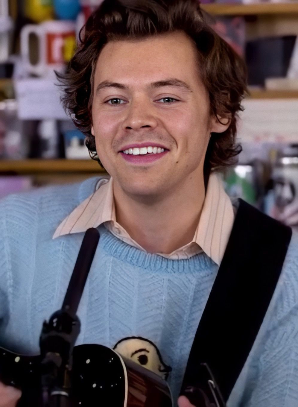 Pin By Alethea Yong On Funny In 2020 Harry Styles Lockscreen Harry Styles Harry Styles Wallpaper
