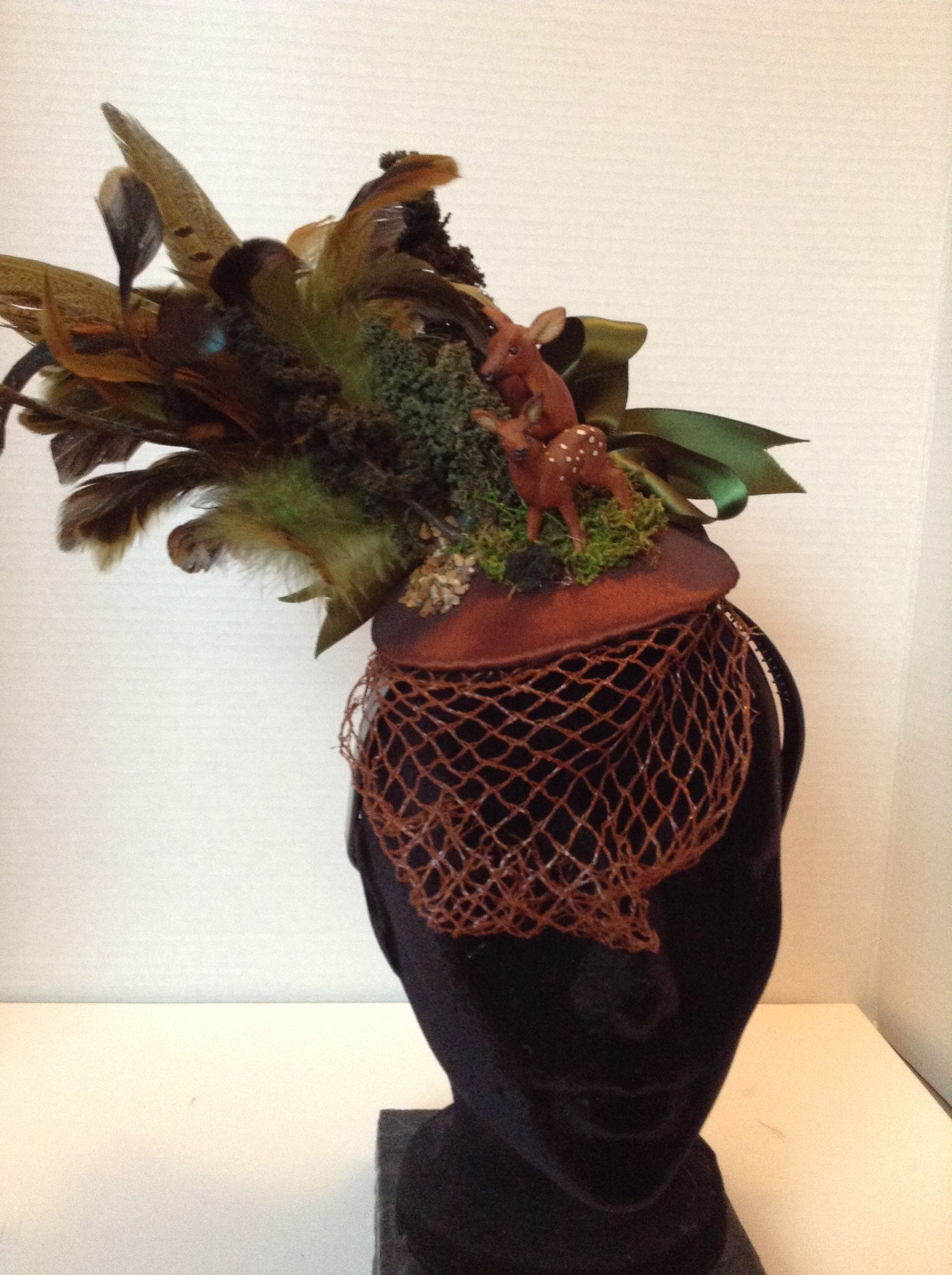 Otto Babyzimmer ~ Lovely woodland head piece featuring mother and baby deer. made by