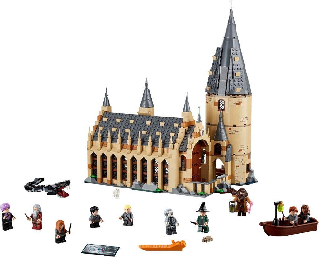 Das Sind Die Lego 2019 Toy Of The Year Awards Finalisten Spielentdecker Hogwarts Grosse Halle Hogwarts Harry Potter Schloss