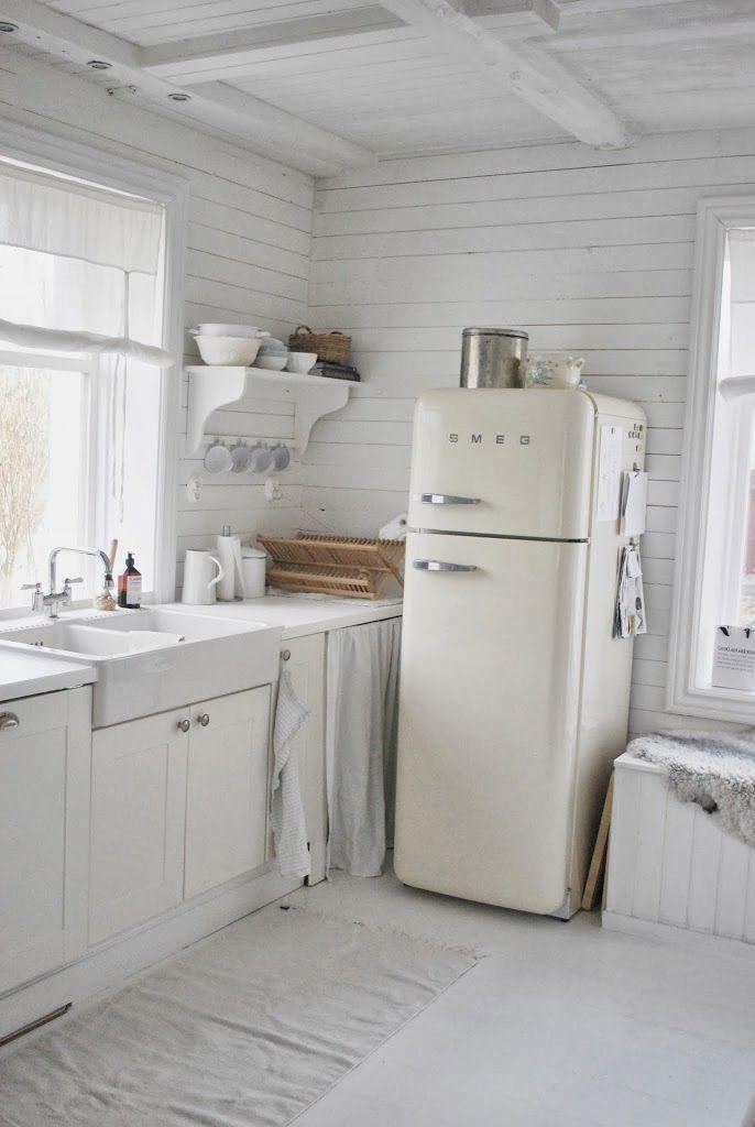 Dagsfärska köksbilder! u2013 Julia Khouri Shabby chic kitchen - shabby chic küchen