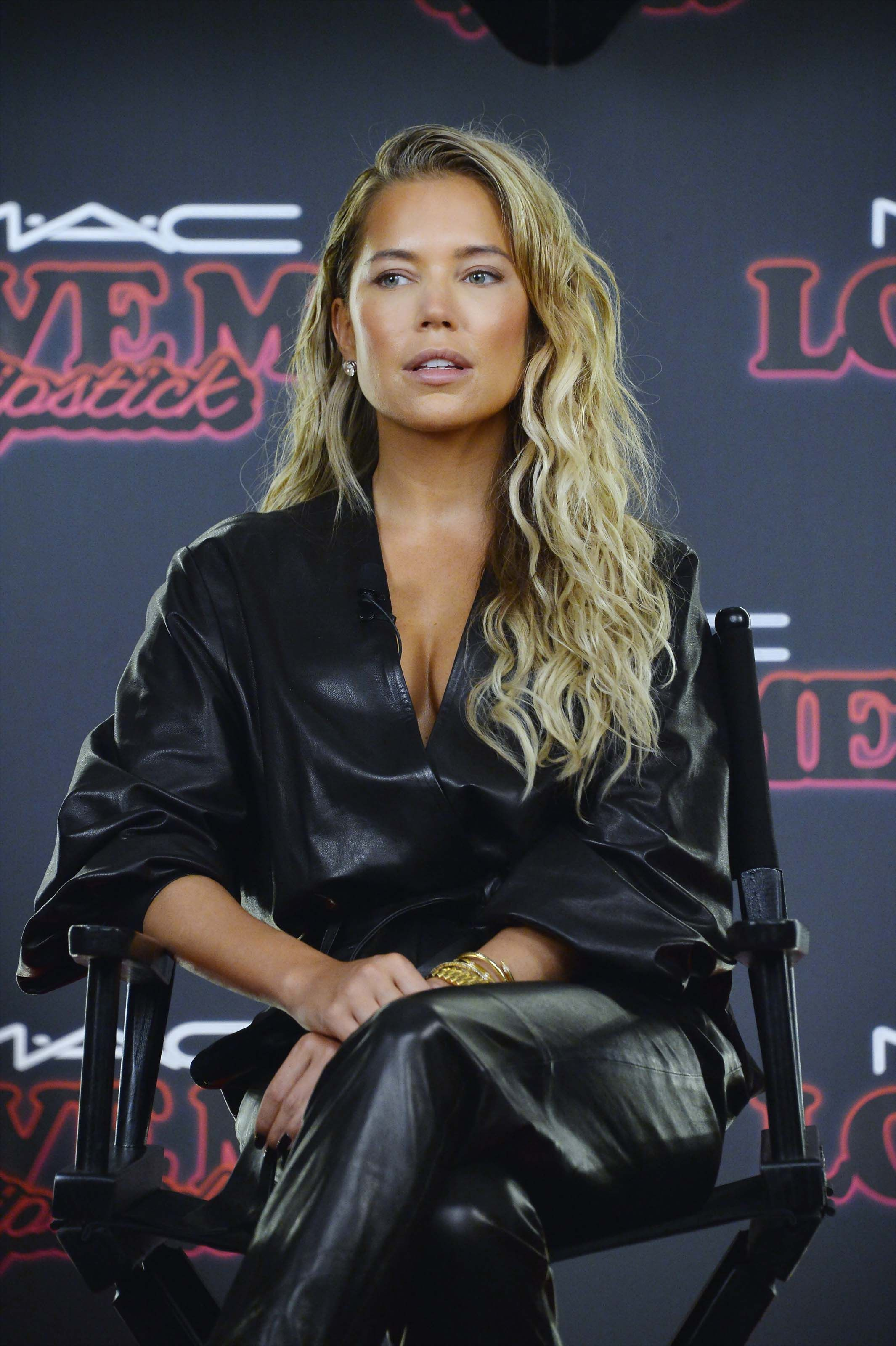 Sylvie Meis in awesome leather outfit Beroemdheden