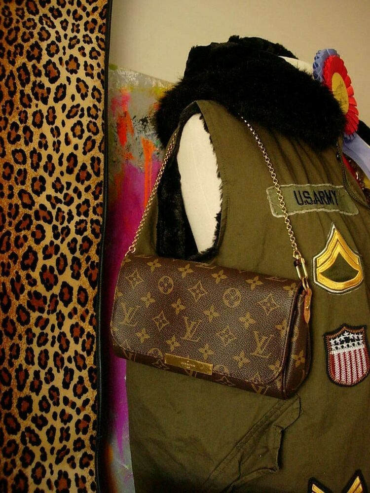 6d44af97392d Auth LOUIS VUITTON Favorite MM Purse Tote Bag Handbag Clutch Accessory LV   LOUISVUITTON  ShoulderBagClutch