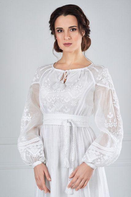 Сукня вишита білим по білому  06a8274346a52