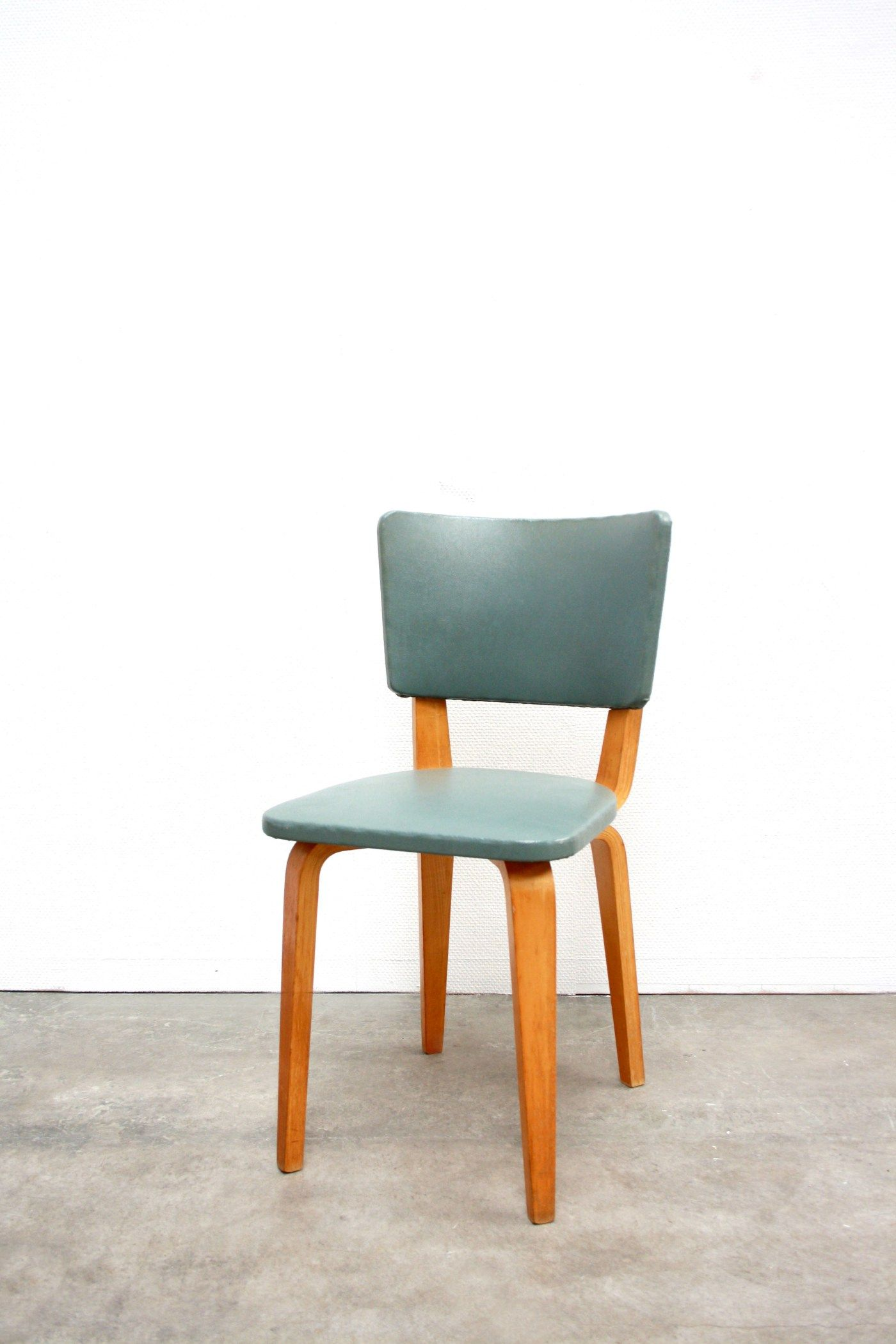 Design Stoelen Sale.Cor Alons Plywood Chair For Sale At Www Vanons Eu Stoelen
