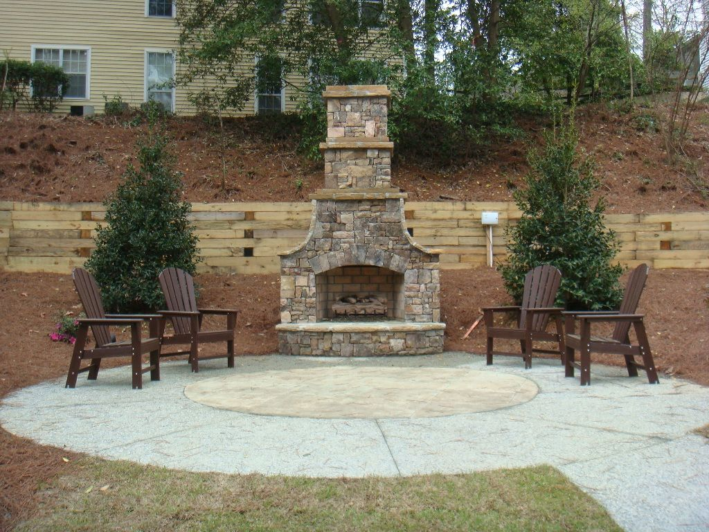 Outdoor fireplaces apartments offers exquisite for Outdoor patio fireplace ideas