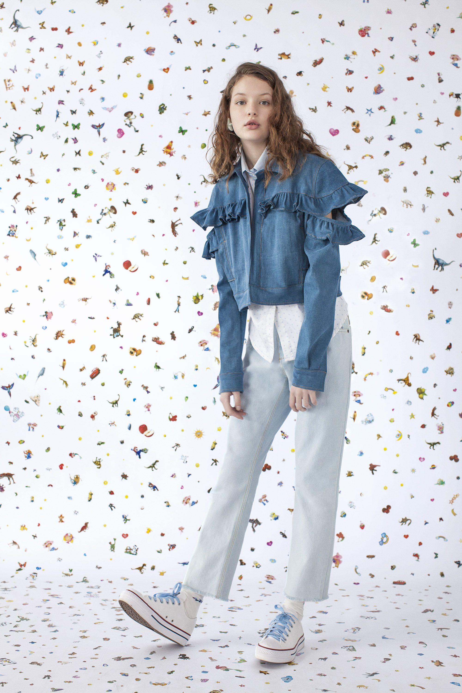 Editorial Buzzy Disrupt Verão 18' Vicunha Têxtil  #denim #brim #fashion #trend #ss18  #error #young #cute #fun #unusual #sticker