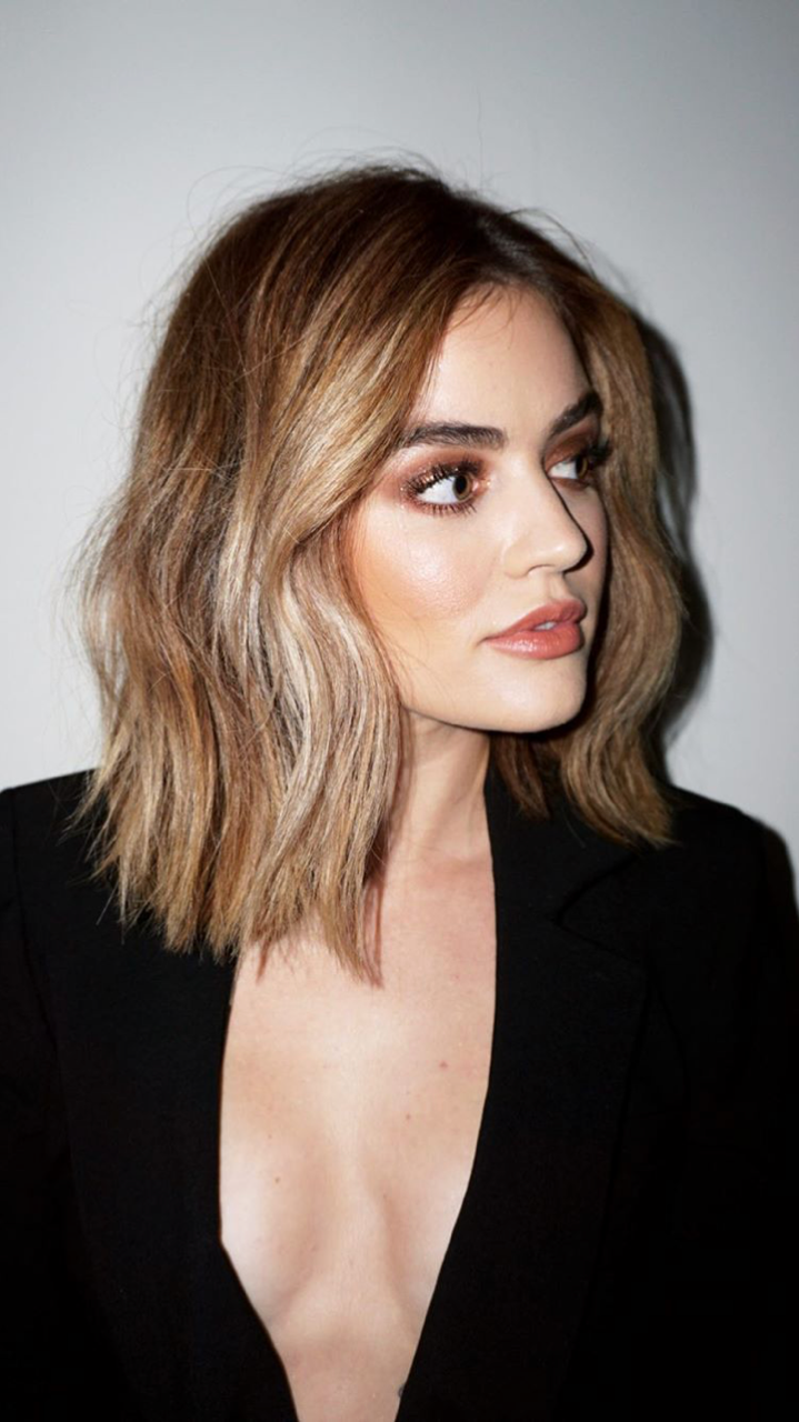 Lucy Hale News Short Blonde Hair Blonde Hair Color Thick Hair Styles