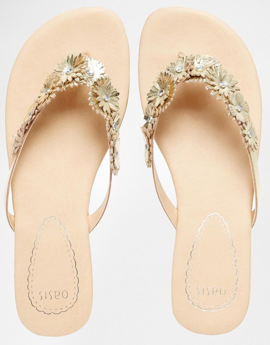 7d53631127ad Oasis Gold Flower Toe Post Flat Sandals