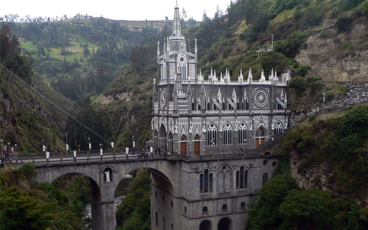 Image result for santuário de las lajas colômbia