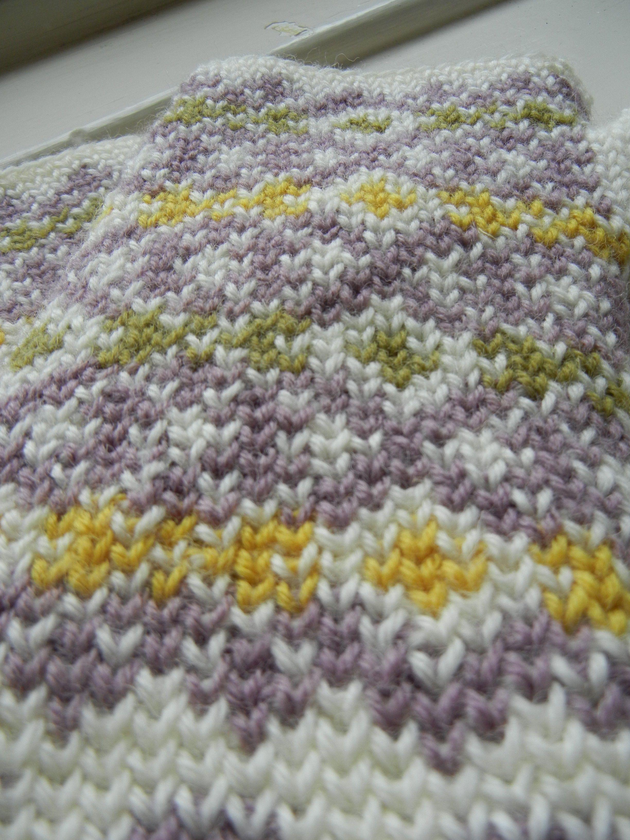 Free pattern and tutorial: Autumn Diamonds – Part I   Pinterest ...