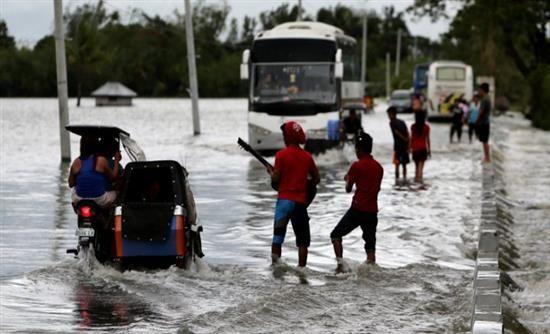 multi-news.gr - Όλες οι Ειδήσεις   [Real]: Φιλιππίνες: Τουλάχιστον 16 νεκροί από τον τυφώνα Κοπού | http://www.multi-news.gr/real-filippines-toulachiston-16-nekri-apo-ton-tifona-kopou/?utm_source=PN&utm_medium=multi-news.gr&utm_campaign=Socializr-multi-news