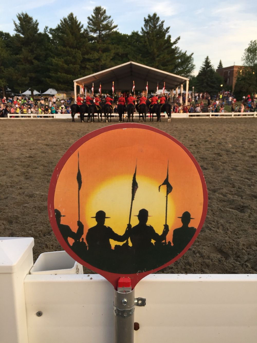 The symbol of the Sunset Ceremonies of the RCMP Musical