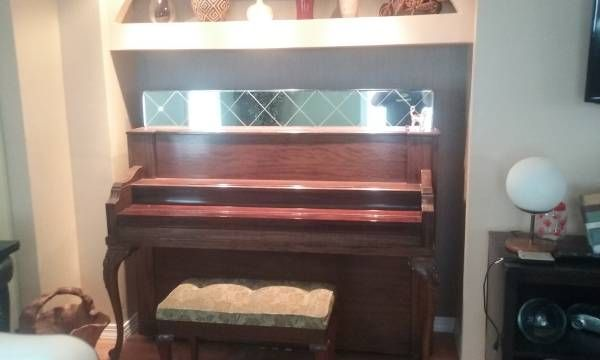 Gabler upright piano from 1911 with mirrored top area, nice