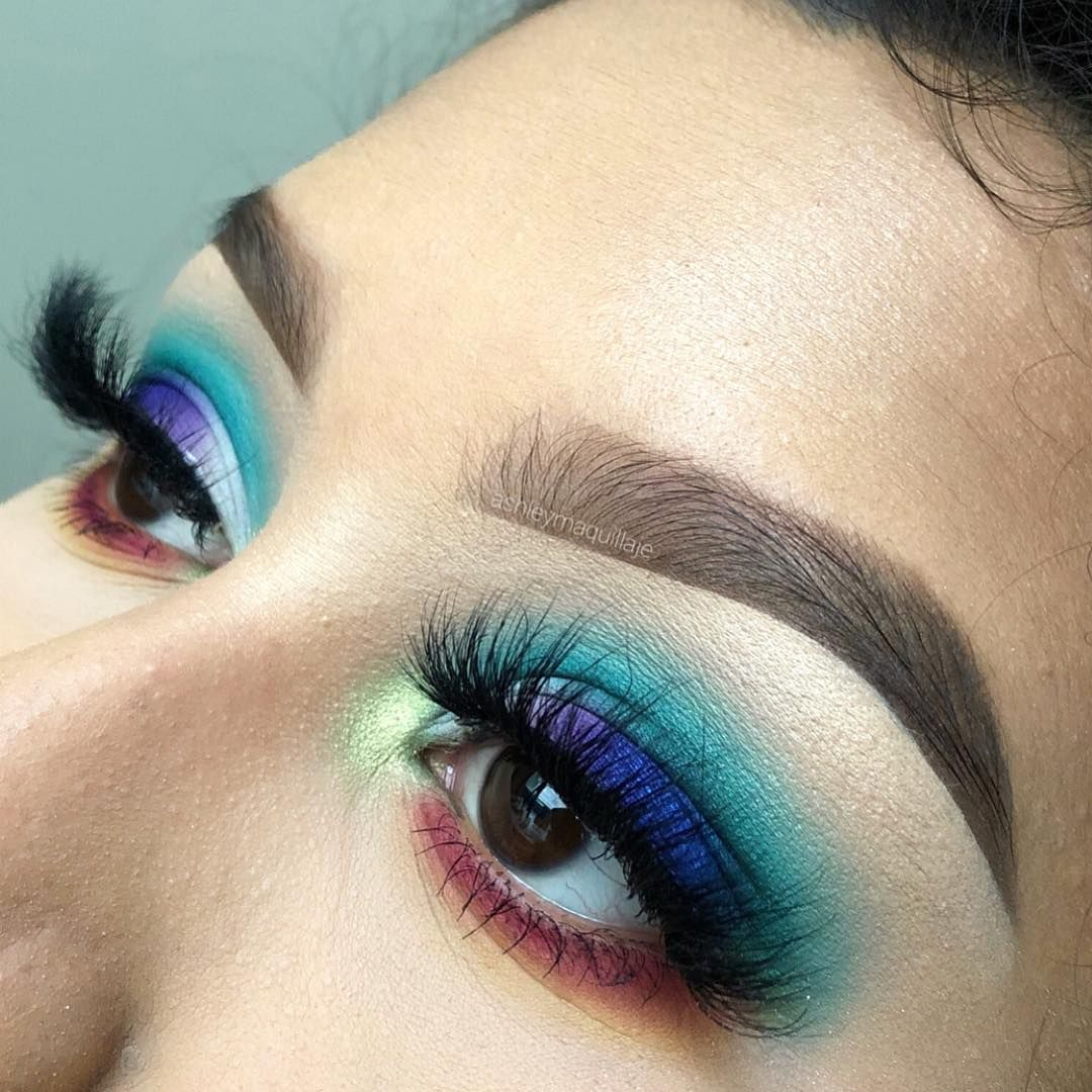 ashleymaquillaje used our Burn Book Palette to help