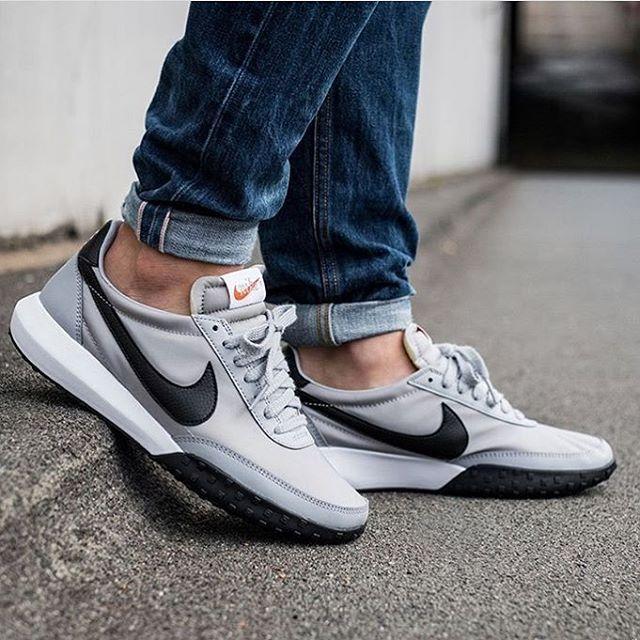 Nike Roshe Waffle Racer   Sneakers men