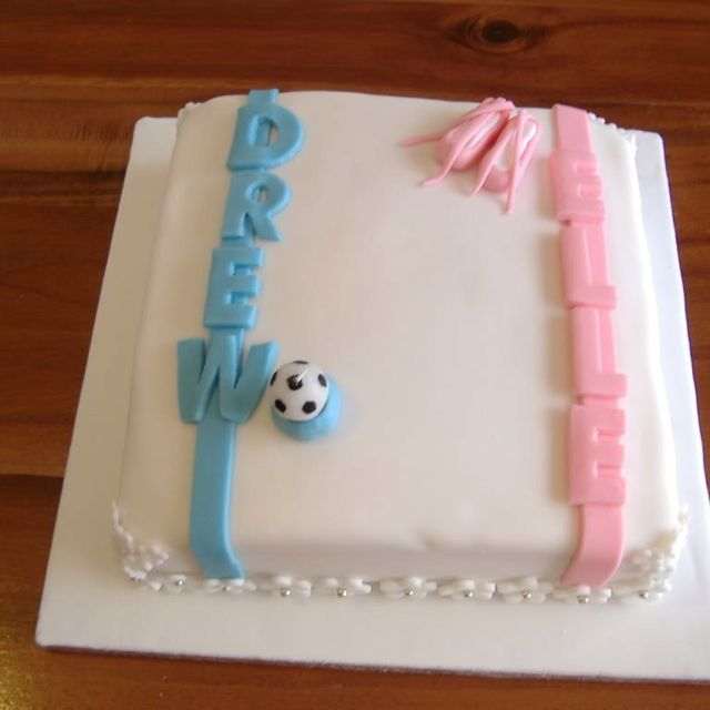 Prime Boy And Girl Twins Birthday With Images Twin Birthday Cakes Personalised Birthday Cards Veneteletsinfo